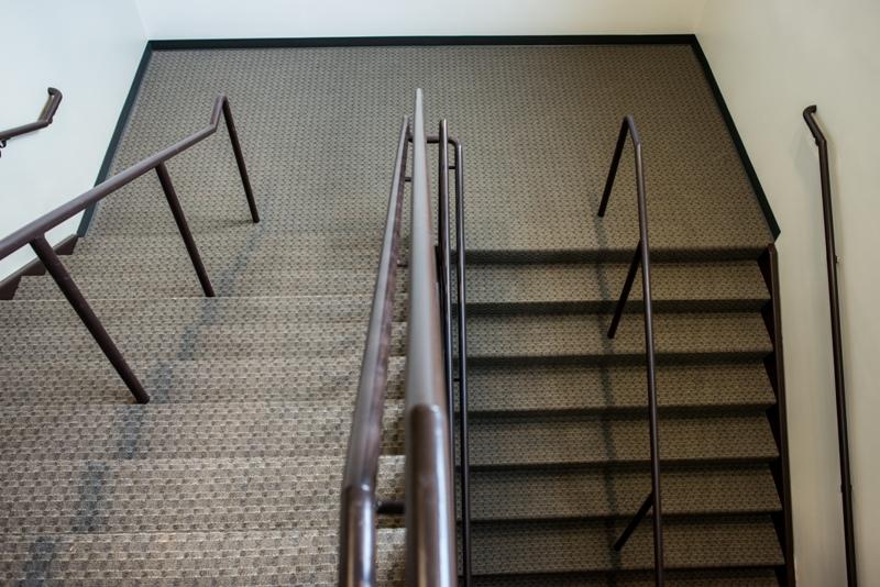 commercial-floorring-stairway